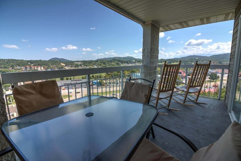 1 Bedroom Condo Whispering Pines 251_Pigeon Forge Condo for Sale