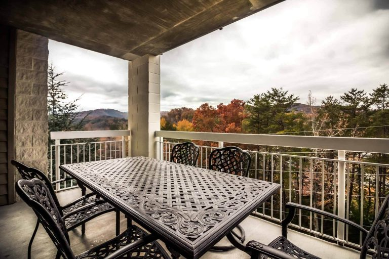 Whispering Pines Pigeon Forge Condo for Sale 634